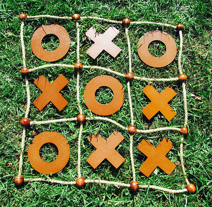 Noughts& Crosses