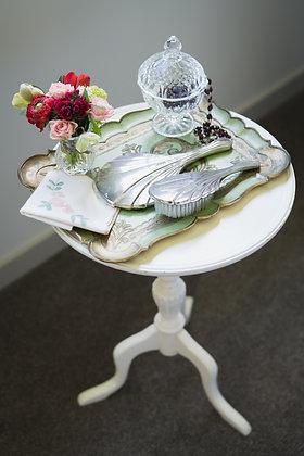 Small White Pedestal Table