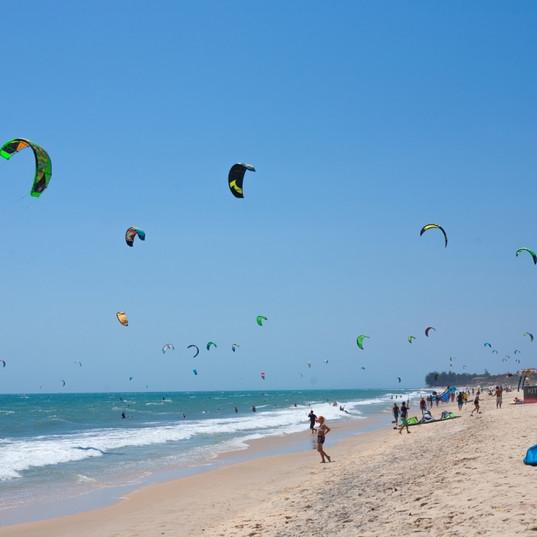 kitesurfing-in-cyprus-1.jpg