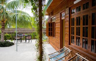 fanhaa-maldives-lobby.jpg