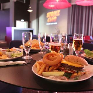 Strike Club - Burger