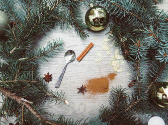 Tips For a Fun and Healthy Holiday Season