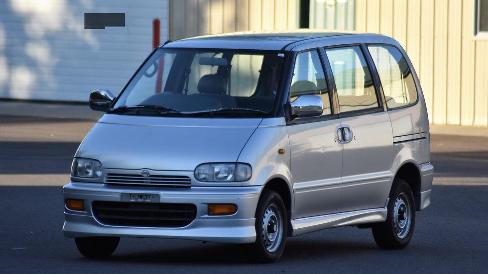 1995 Nissan Serena