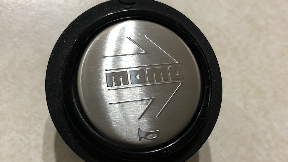 Stainless Momo Horn Button