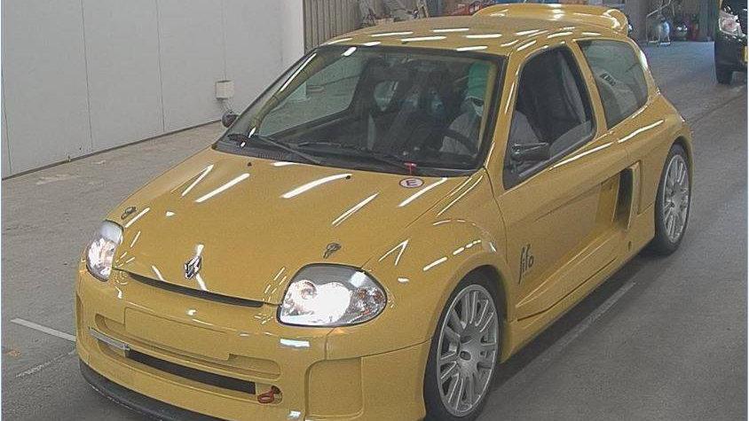 2001 Renault Clio V6 Trophy Race Car