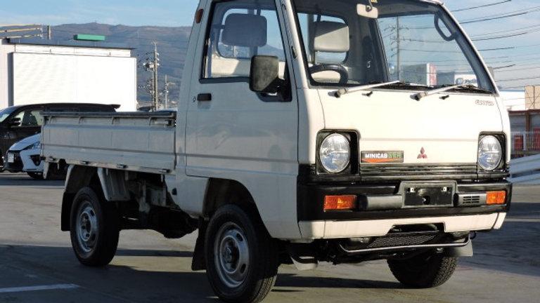 1990 Mitsubishi MiniCab 4wd