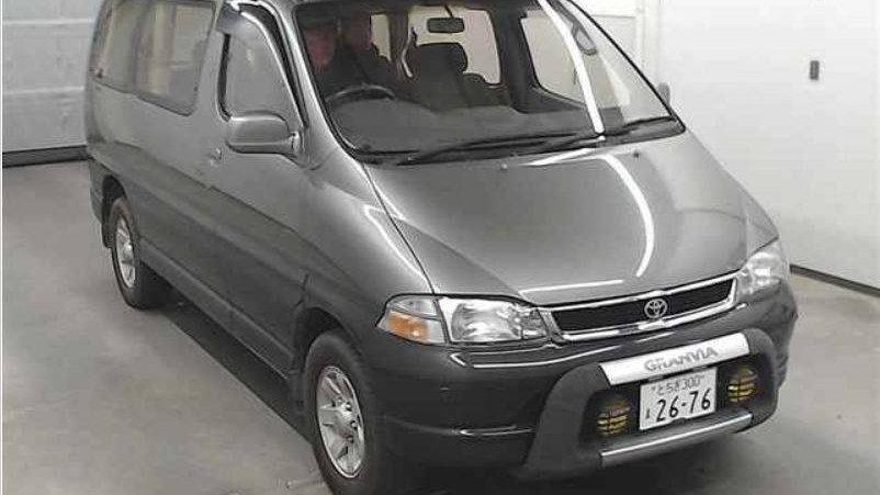 11/1995 Toyota Granvia