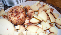 Cibo-Italia-mixed-cheese-platter