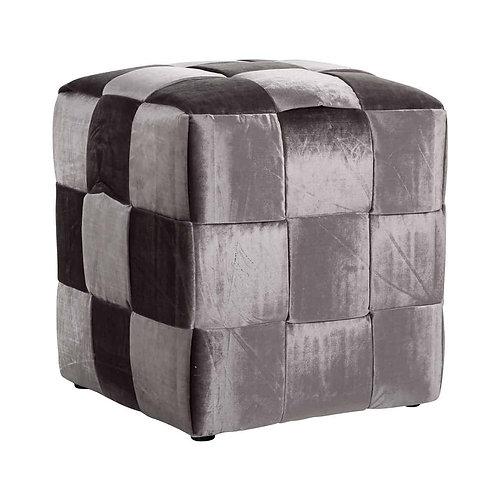Woven cube emerald stone