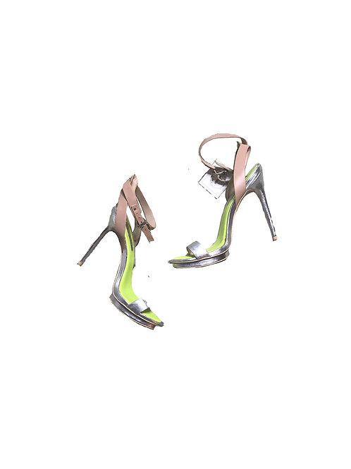 BCBGMAXAZRIA 3-tone strappy heels
