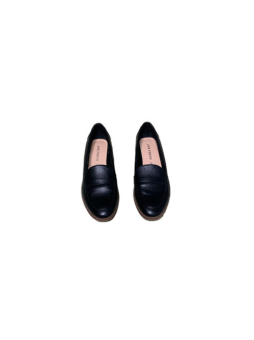Joe Fresh black loafers