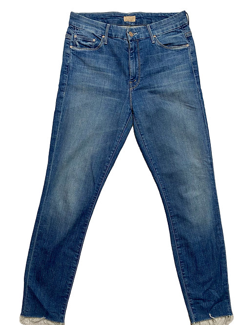 Mother med wash denim