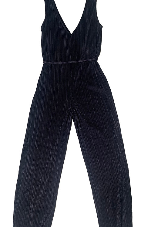 Urban Outfitters black v-neck sleeveless jumpsuit