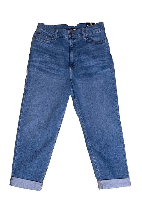 Fashionnova medium wash straight leg jeans