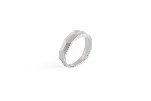 Highlight rock silver ring