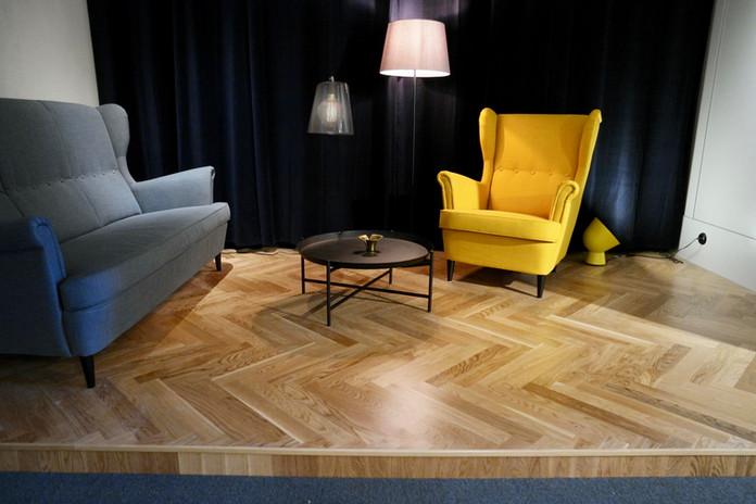 loungesoffgrupp.jpg