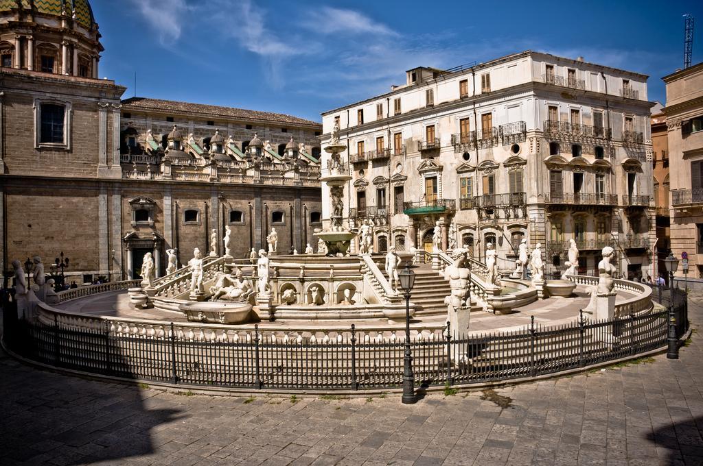 Piazza Della Vergogna