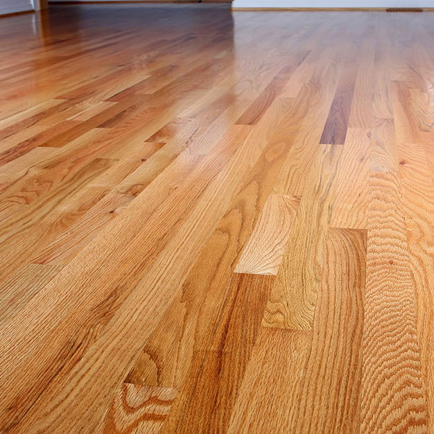 LAMINATE & WOOD FLOOR
