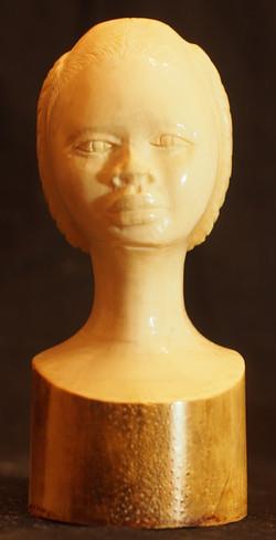 Busto di donna africana