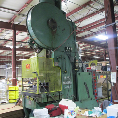 Niagara Single back Geared Gap Press
