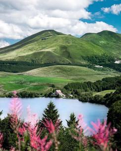 Lac et volcans