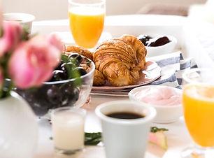 Domaine les 2 Mondes petit déjeuner