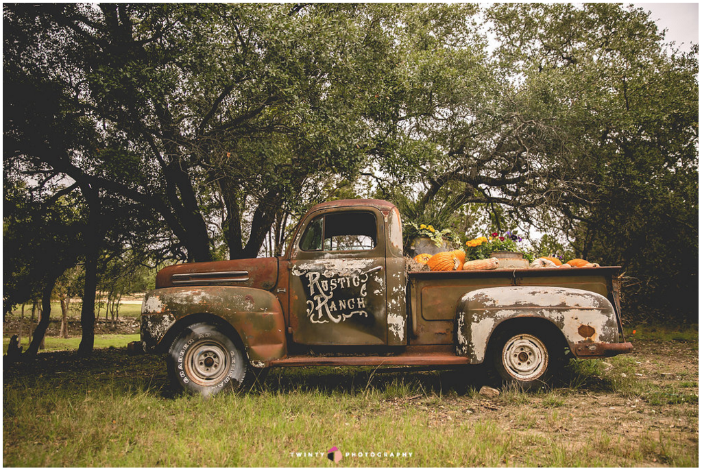 Kevin Fowler's Rustic Ranch