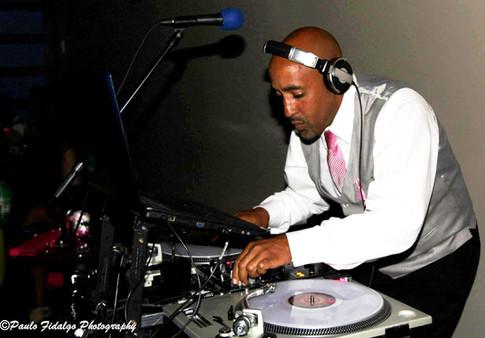 DJ Cruz - DJ Nixx Entertainment