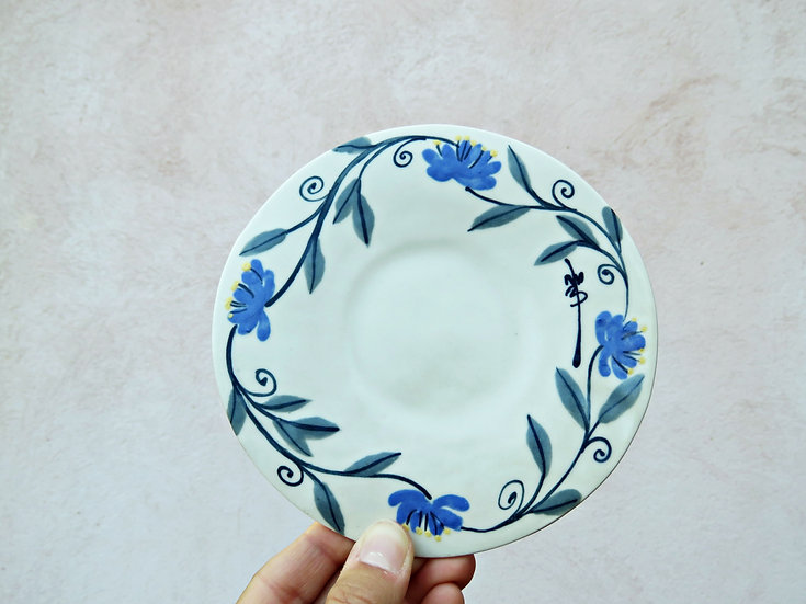 """Petite assiette """"fleurs bleue"""""""