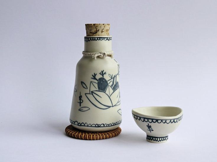 Bouteille à saké & sa tasse