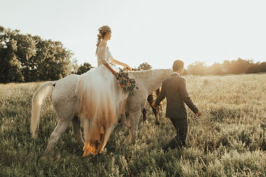 Vintage Rustic Wedding by Couture Ever After // Photo by Katie Carlson