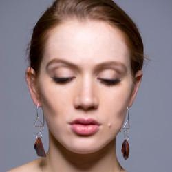 the geo jewel pendant earrings