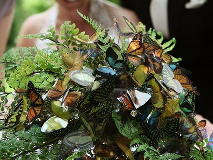 5 key ways butterflies are going to be a big wedding trend.