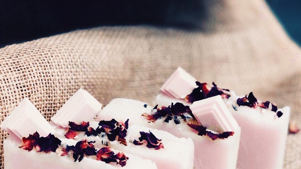 Handmade Aromatic Chocolate, Rose and Petit Grain N°03