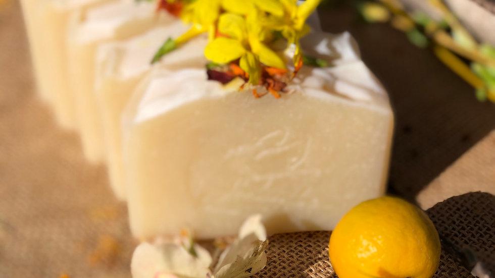 Savon artisanal à la Mangue et Mandarine
