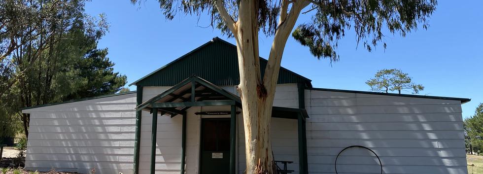 Lodge External