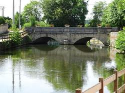 le_village_Pont_Aujon_Route_Aubepierre_a