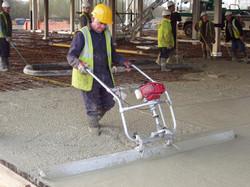 las-mejores-reglas-vibratorias-manual-para-concreto-acabado-renta-monterrey-rompedoras-y-compactador