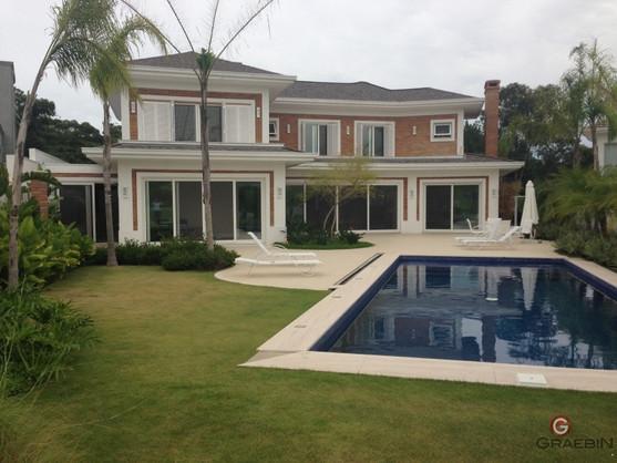 casa com projeto de janelas em pvc.jpg