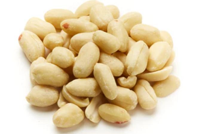 Blanched Jumbo Peanuts