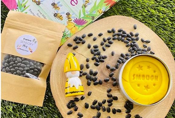 Smough - scented play dough Bee Box
