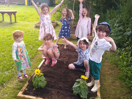 Family Gardening – Tomorrow – Thursday 24th June from 3.30pm at Ysgol Pendref.
