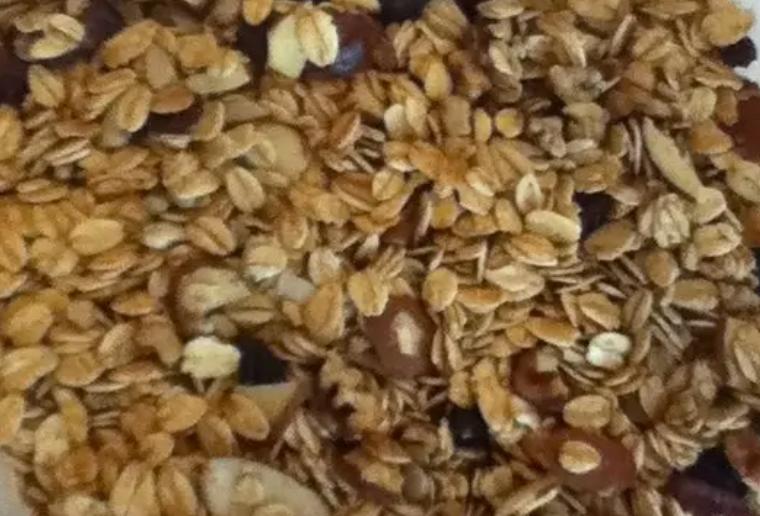 Tropical Oat Crunch