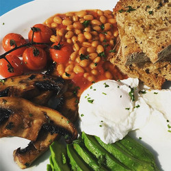 A delicious and nutritious start to the weekend #getinmybelly #alldaybrunch #veggieoptions #perfectv