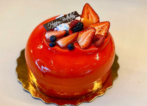 Double Strawberry Mousse Cake 雙層草莓慕斯蛋糕