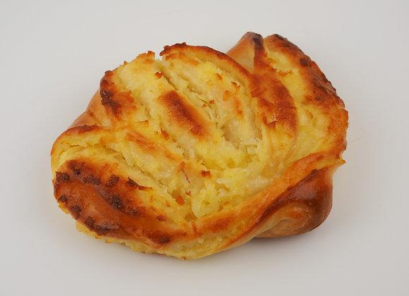 Coconut Bun 椰奶面包