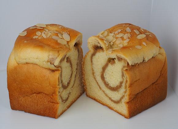 Taro Loaf 芋頭吐司