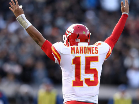 Mahomes gets PAID!