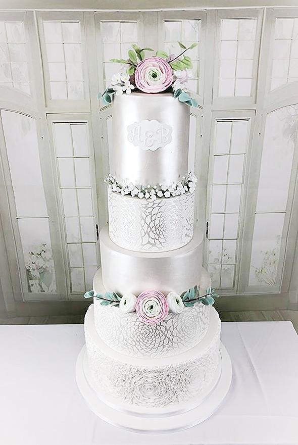 Elegant White Pearl Wedding Cake