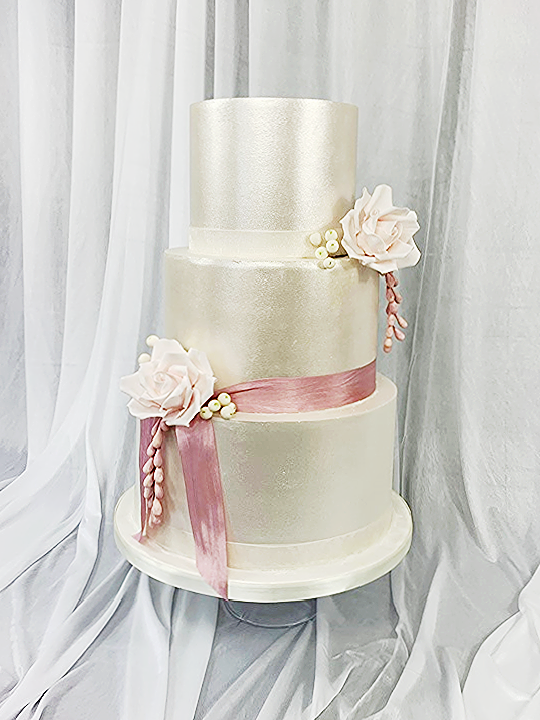Perfectly Simple Wedding Cake